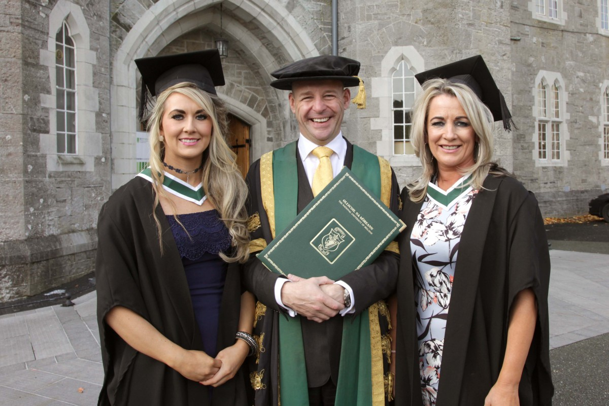 29.10.15. Maynooth. Geraldine McDonnell and her daughter Anne Marie who were both today conferred with Honours Degrees of Batchelors of Arts (Community & Youth Work), here with Professor Philip Nolan, President Maynooth University, NUIM. ©Photo by Derek Speirs