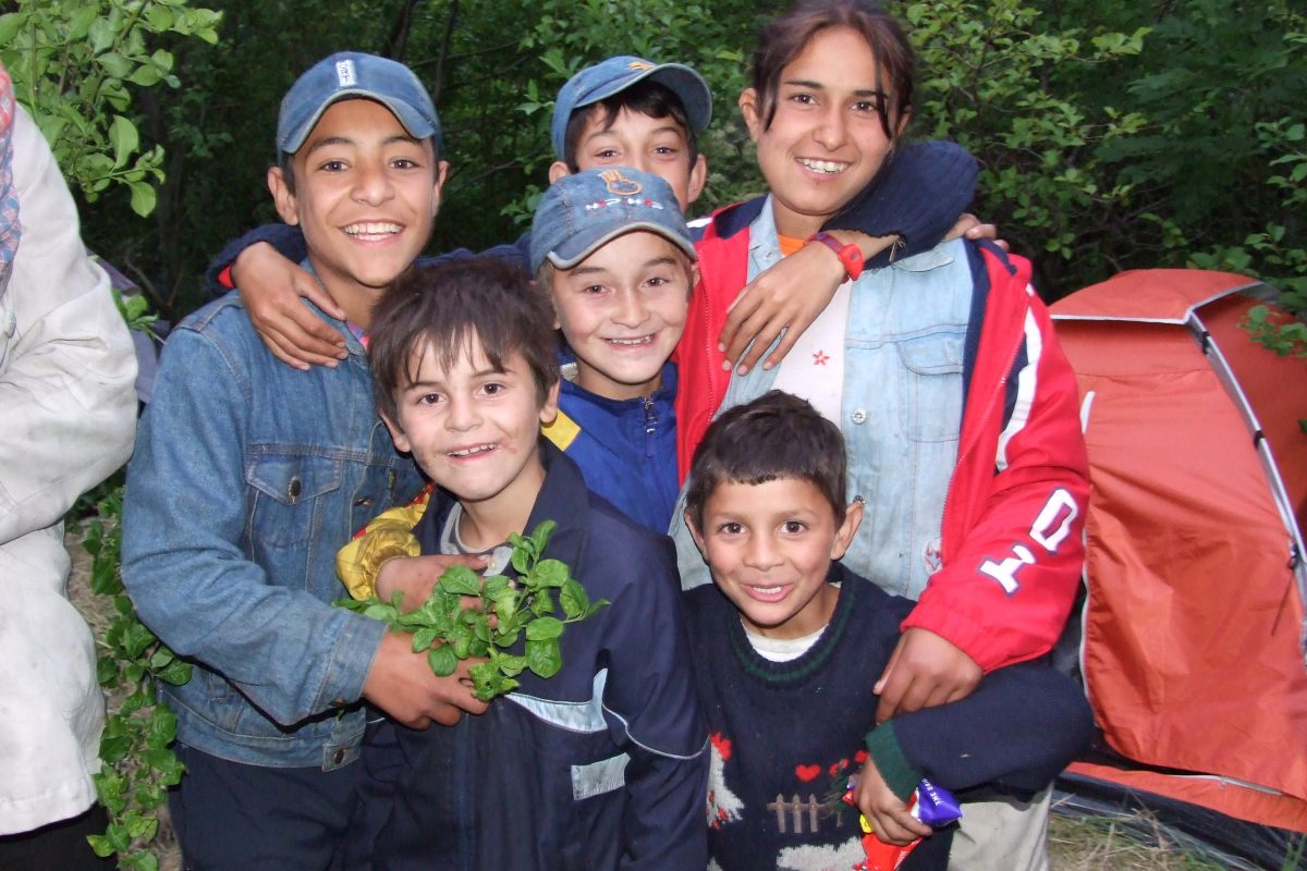 Roma children living beside the motorway, 2007.