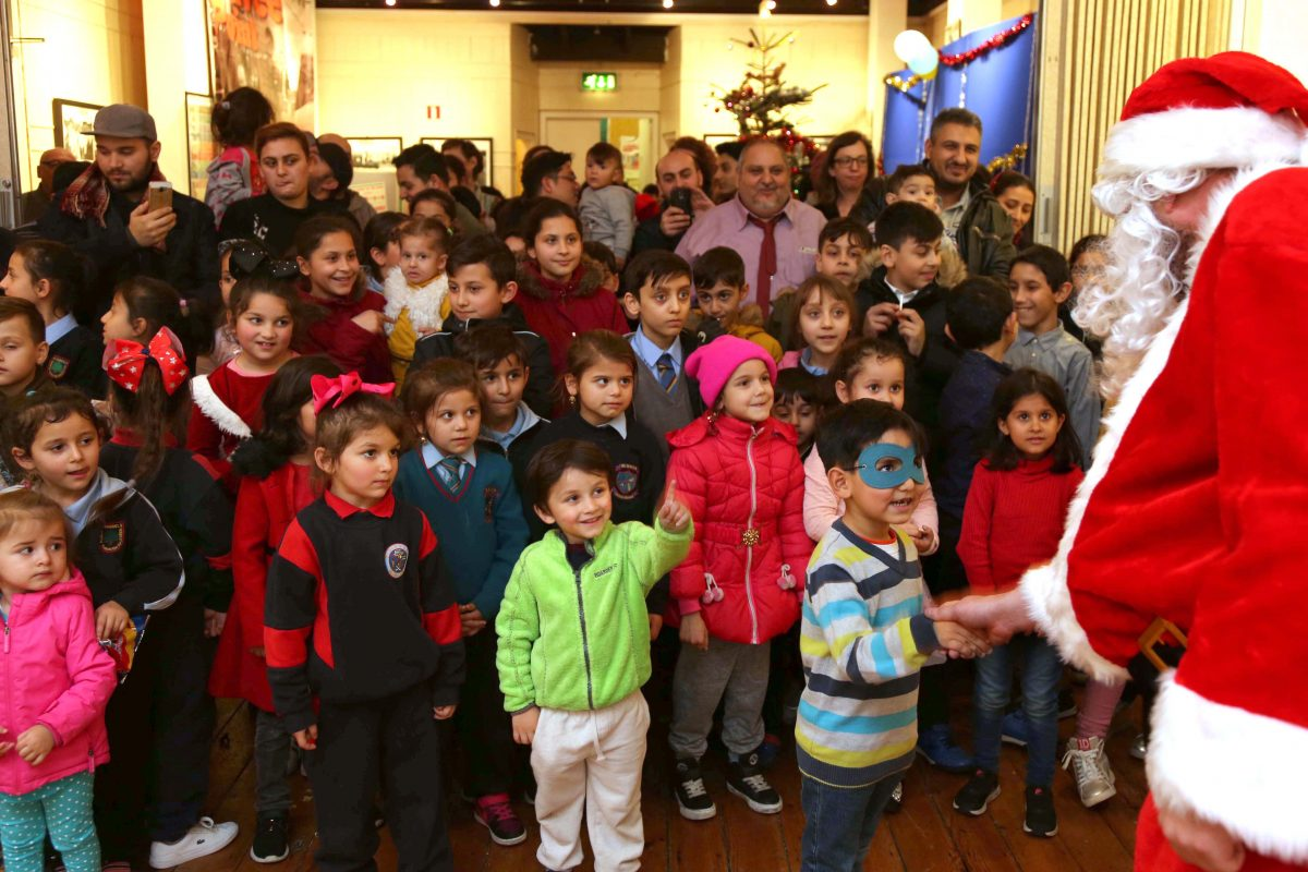 Santa a big hit at Christmas party for Roma children Pavee Point